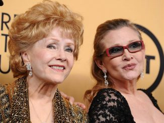 Debbie Reynolds in ospedale, forse ictus per la mamma di Carrie Fisher