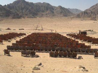 Cinema abbandonato nel deserto del Sinai