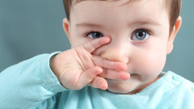 Naso chiuso neonati: rimedi e cosa fare