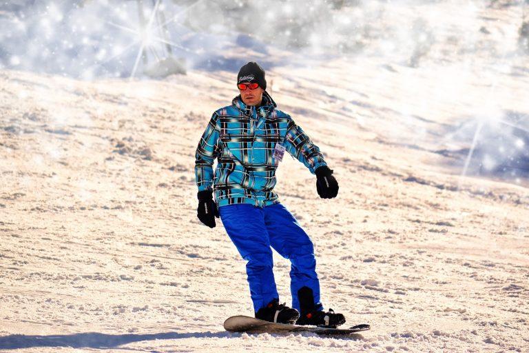 attrezzatura per lo snowboard