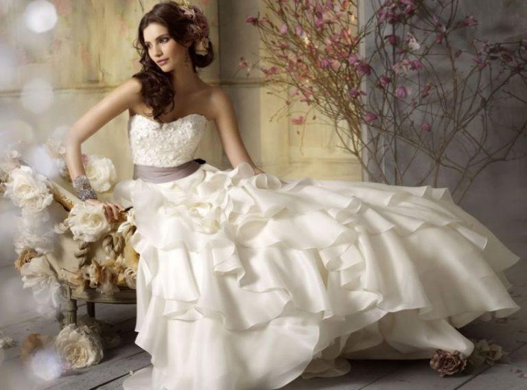 best website cd0a4 dcba6 Cinque siti dove trovare abiti da sposa economici