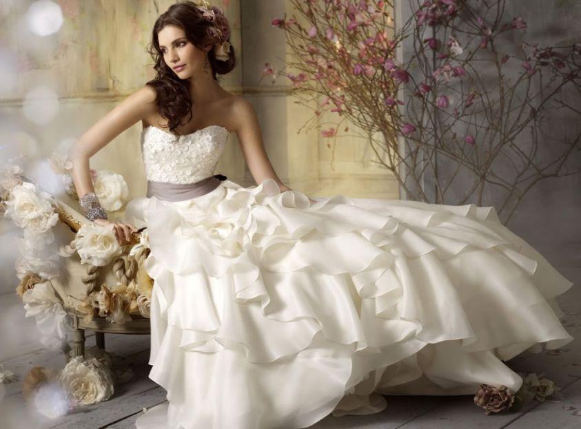 best website 5c84f 76c11 Cinque siti dove trovare abiti da sposa economici