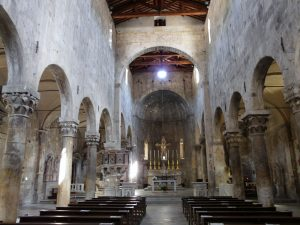 Duomo di Massa Carrara, dov'è sepolta Veronica Cybo