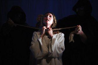 Rappresentazione teatrale sulla vicenda di Giovanna