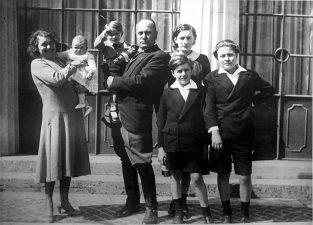 La famiglia Mussolini al completo