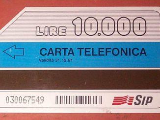 La nostalgia per la scheda telefonica anni 90