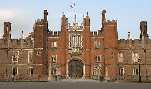 Entrata principale di Hampton Court