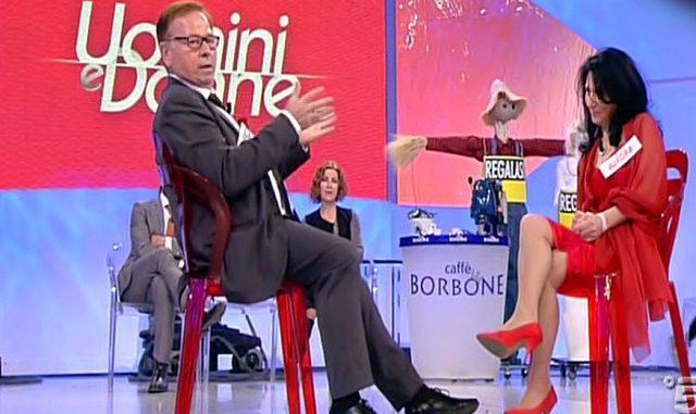 Uomini e Donne, Francesco dice basta ad Aurora