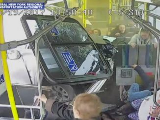 auto contro pullman