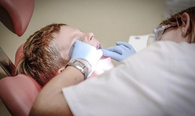 I denti si riparano da soli con un farmaco contro l'Alzheimer
