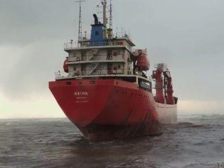 nave incagliata