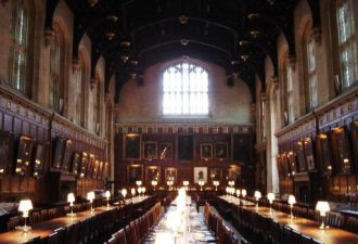 Sala Grande del castello, riprodotta per il film