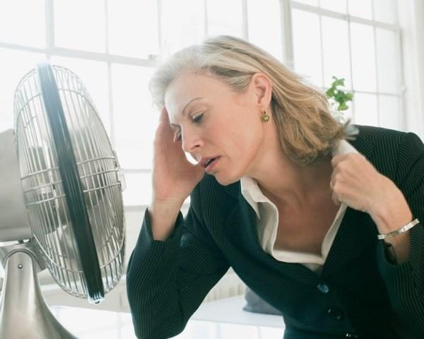 Menopausa: tutti i sintomi per riconoscerla in tempo