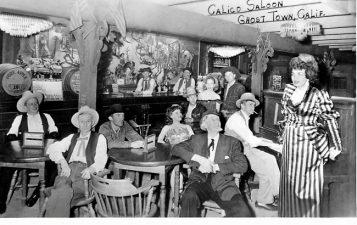 Immagine vintage del saloon di Calico