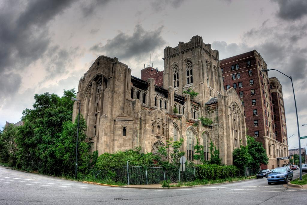 Esterno della Chiesa Metodista di Gary (Indiana)