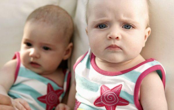 Come crescere ed educare i gemelli omozigoti