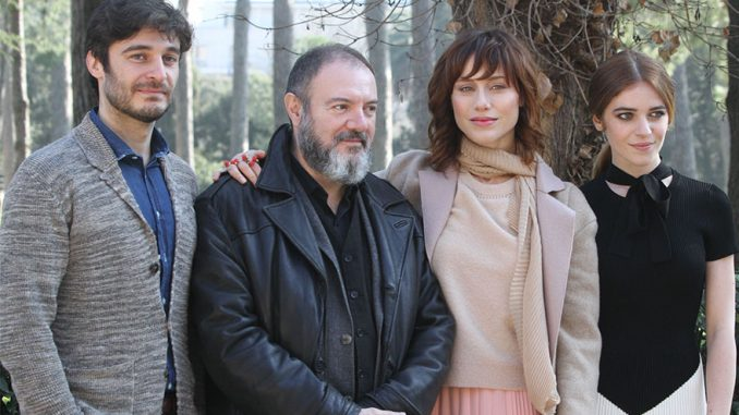 La Porta Rossa, la nuova serie tv di Rai2
