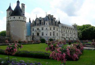 Il castello con il giardino