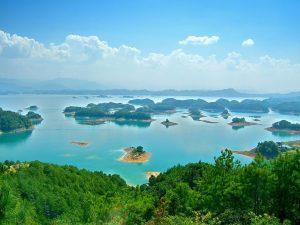 Il meraviglioso panorama del Lago di Qiandao