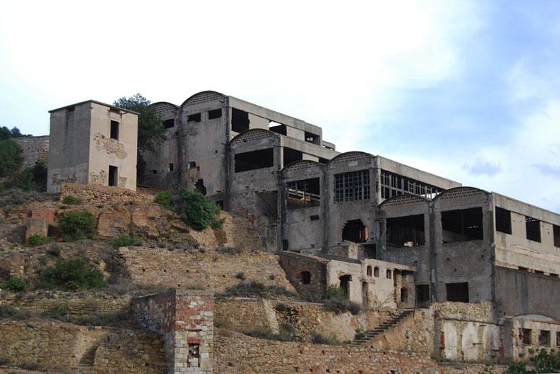 La laveria mineraria abbandonata di Seddas Moddizzis