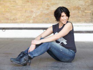 Il Sorpasso: la produzione teatrale di Bananas con Cristiana Vaccaro