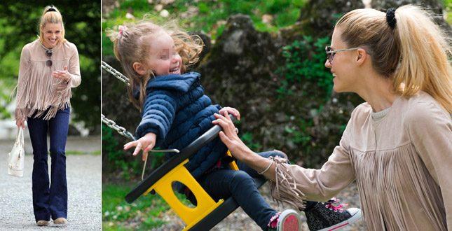 Michelle hunziker al parco con la figlia sole foto - Parco mamma anna cucine ...