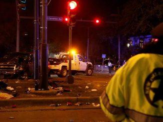 New Orleans camioncino irrompe sulla folla durante i festeggiamenti del Carnevale