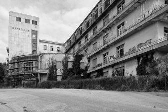 """L'ex sanatorio """"in bianco e nero"""""""