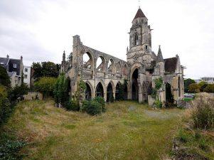 Chiesa di St Etienne Le Vieux e dintorni