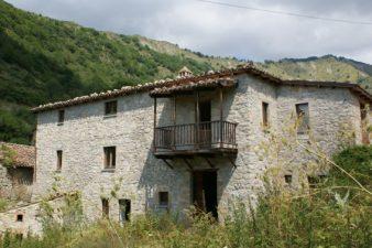 Valle Piola, case con gafio restaurato