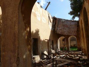 Ciò che rimane della scuola del villaggio