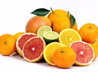 Dieta vegana: rischio di carenze nutrizionali e come assumere le vitamine