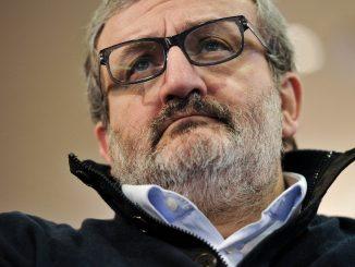 """Emiliano apre spiraglio a Renzi: """"La scissione non c'è, se lui non vuole"""""""