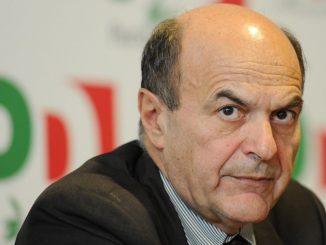 """Bersani annuncia: """"Non rinnoverò la mia tessera PD"""""""