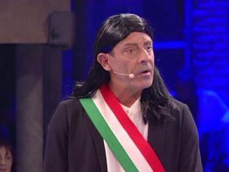 Avanti Un Altro! va in onda in prima serata tutte le sere su Canale 5 ed è condotto da Paolo Bonolis accompagnato da Luca Laurenti.