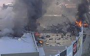 Caduto un aereo su un centro commerciale a Melbourne: morte 5 persone