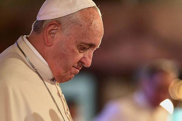 """Papa Francesco: """"In Vaticano c'è corruzione, ma resto sereno"""""""