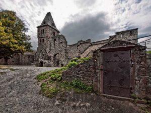 Il castello in rovina