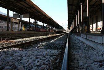 Treno abbandonato sui binari