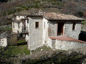 Altre case del borgo