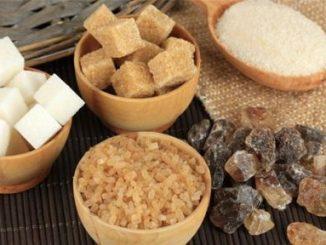Zucchero bianco: è davvero peggiore dello zucchero di canna?