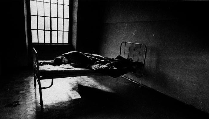 09   In cella d isolamento   1972