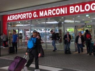 Aeroporto di Bologna: 5 kg di cocaina in una valigia, 3 arresti al Marconi