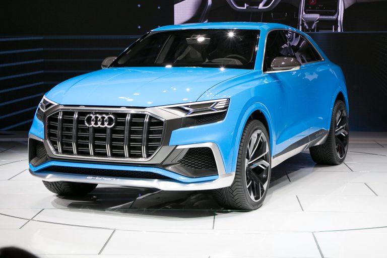 Audi Q8: bagagliaio, motori, prezzi, consumi