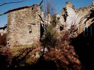Case diroccante di Borgo del Canto