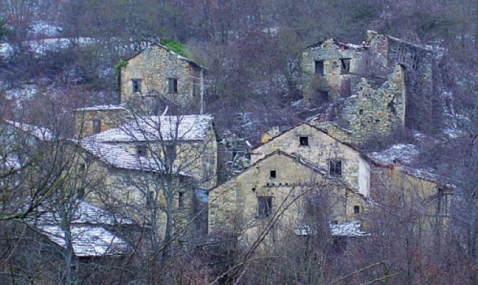 Il borgo abbandonato di Bozzi