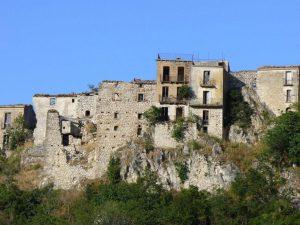 Altra veduta del borgo
