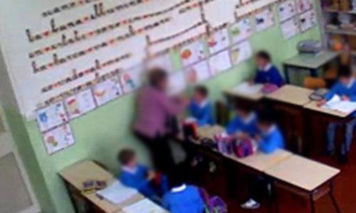 Calabria: maestre minacciano bambini con gli schiaffi