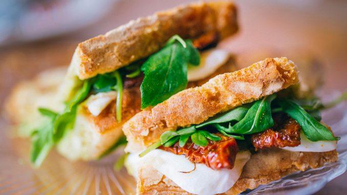 Fotografia food: cos'è, strumentazione e tecniche per fotografare gli alimenti