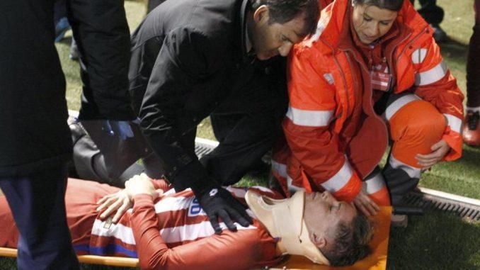 Torres, terrore in campo: sviene dopo un colpo alla testa. Atletico Madrid sconvolto